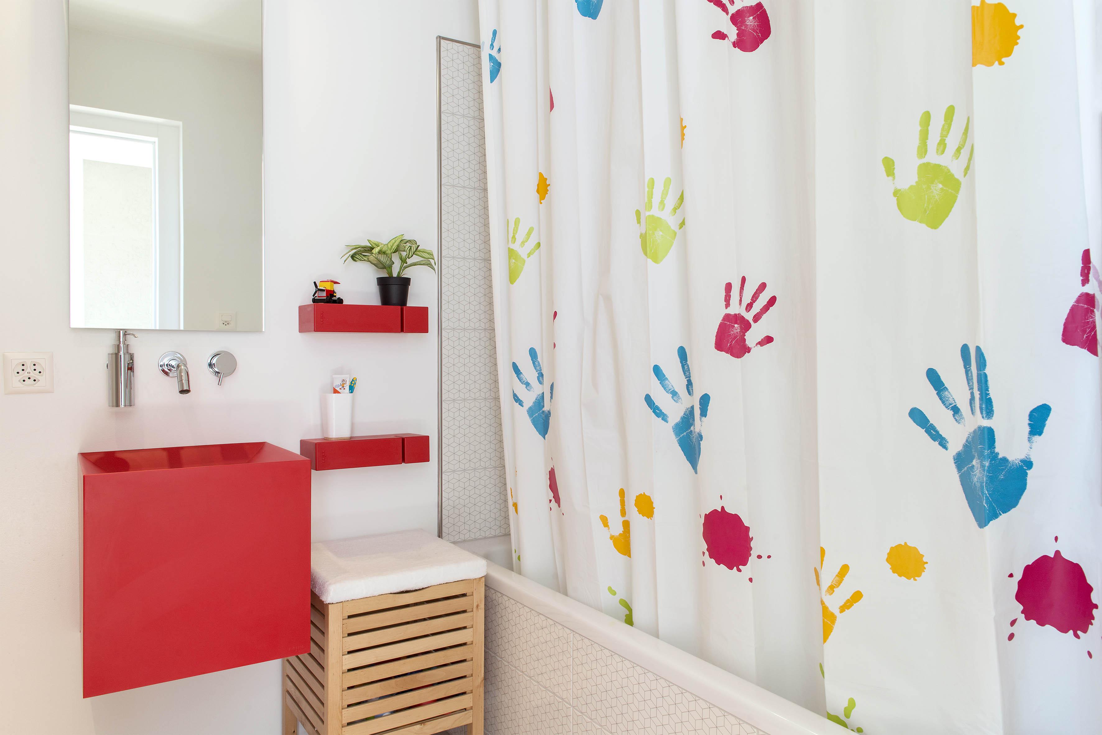 Villa E Salle de bain enfant